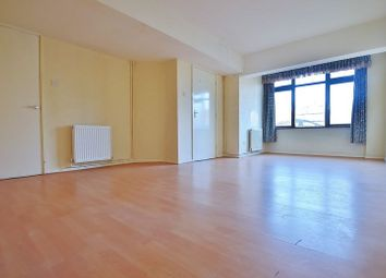 Thumbnail 4 bed town house to rent in Overbury Street, London