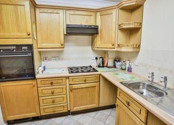 1 bed property for sale in Hertswood Court, Hillside Gardens, Barnet, Hertfordshire EN5