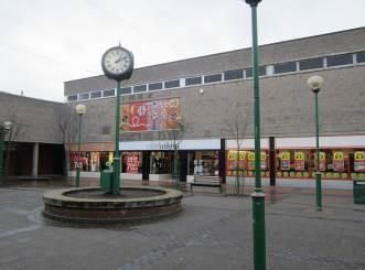 Thumbnail Retail premises to let in 1A, York Square, Grangemouth