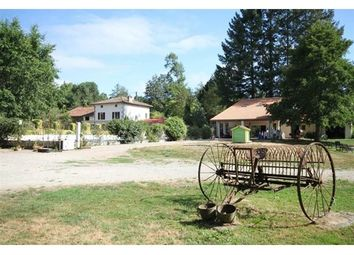Thumbnail 16 bed property for sale in 16500, Confolens, Fr