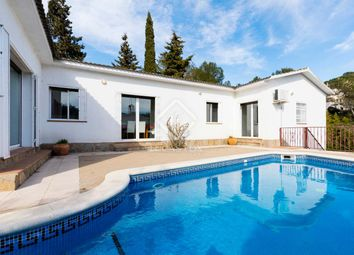 Thumbnail 4 bed villa for sale in Spain, Sitges, Olivella / Canyelles, Sit1760