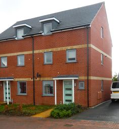 Thumbnail 4 bed town house to rent in Graces Field, Stroud