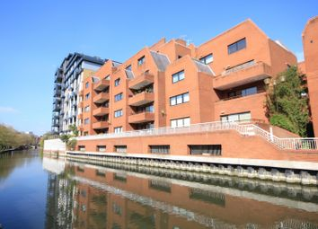 Thumbnail 2 bed flat for sale in Selborne Court, Reading
