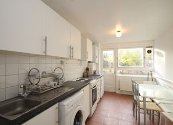 Thumbnail 3 bedroom flat to rent in Airdrie Close, Islington