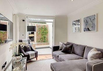 Thumbnail 2 bed flat to rent in Garden House, 86-92 Kensington Gardens Square, Bayswater, London
