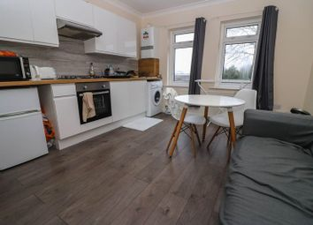 Thumbnail 2 bed property to rent in Harefield Road, Southampton