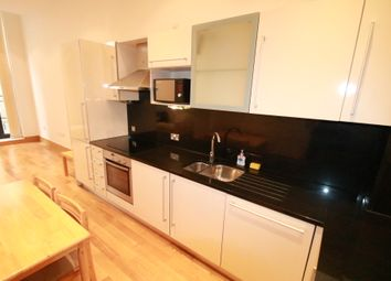 Thumbnail 1 bed flat to rent in Scarbrook Road, East Croydon, Surrey