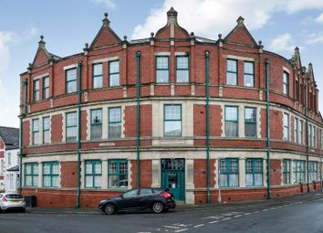 Thumbnail 1 bed flat to rent in Woodlands Road, Barry