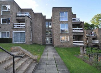Thumbnail 2 bed flat to rent in Lister Gardens, Bradford
