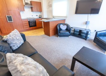 3 bed flat to rent in Marlborough Street, The Mono Building, 2Bs, Liverpool L3