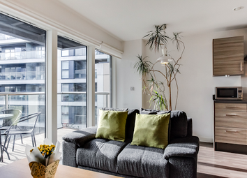 Thumbnail 1 bed flat to rent in 43 Pear Tree, London