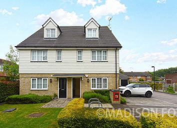 Thumbnail 1 bedroom flat for sale in Foxburrows Court, Chigwell