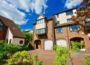 Thumbnail 5 bed town house for sale in Beaumont Place, Isleworth