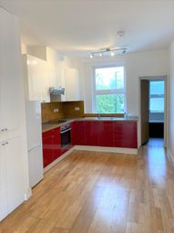 Thumbnail 1 bed flat to rent in Stockwell Road, London