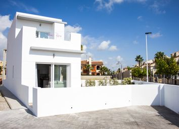 Thumbnail 3 bed villa for sale in Calle Del Lago, Torrevieja, Alicante, Valencia, Spain