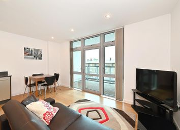 1 bed flat to rent in Ross Way, London E14