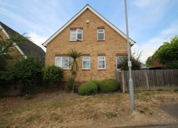Thumbnail 2 bed detached house for sale in Sempill Road, Hemel Hempstead