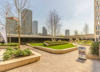 Thumbnail 2 bed flat for sale in Manhatten Plaza, Canary Wharf, London