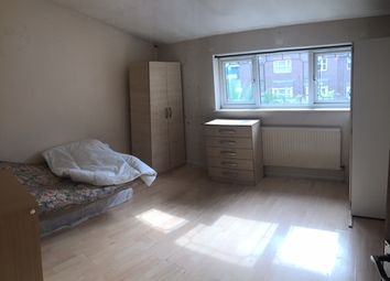 Thumbnail Room to rent in West Bury Road, Barking