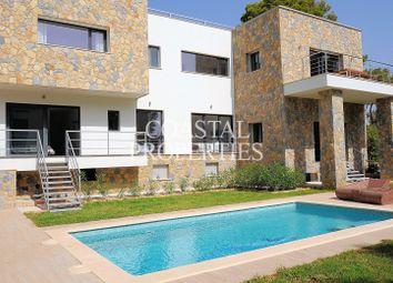 Thumbnail 4 bed villa for sale in Cala Vinyes, Calvià, Majorca, Balearic Islands, Spain