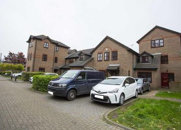 4 Bedroom End terrace house for rent