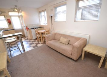Thumbnail 1 bed flat to rent in Quernmore Road, Stroud Green