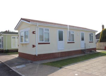 Thumbnail 1 bed mobile/park home for sale in Pine Crescent, Newholme Residential Park, Blackpool, Lancashire