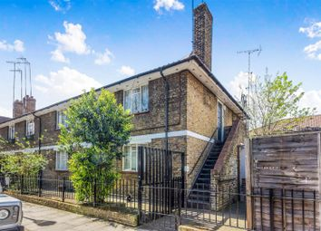 Thumbnail 3 bed flat for sale in Threshers Place, London