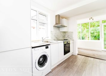Thumbnail 2 bed flat to rent in Braemar Ave, London