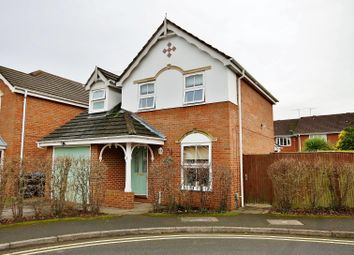 Holmes Close, Woking GU22. 3 bed detached house for sale