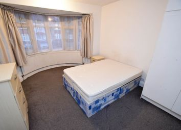 Thumbnail Room to rent in Charter Way, Southgate, Oakwood, Enfield