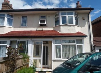 Thumbnail Room to rent in North Gardens, Colliers Wood, London