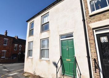 Thumbnail 2 bed flat to rent in Newmarket, Louth