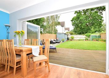 Thumbnail 5 bed detached house for sale in Barnehurst Road, Bexleyheath, Kent