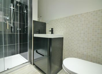 Thumbnail 2 bedroom flat for sale in Woodlands Park Road, London