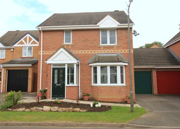 Thumbnail 3 bed detached house for sale in Hallgate Close, Oakwood