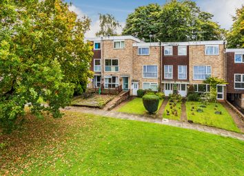 Thumbnail 2 bed maisonette to rent in Hyde Heath Court, Crawley