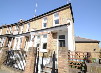 Thumbnail 2 bed flat to rent in Kirkside Road, London