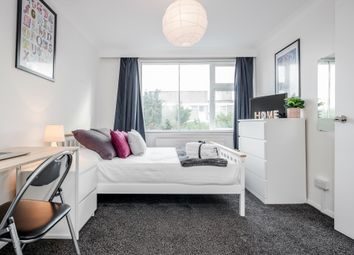 Thumbnail Room to rent in Avenue Road, Isleworth