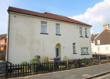Thumbnail 2 bed flat to rent in St. Michaels Road, Aldershot
