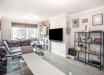 Cotswold Avenue, Bushey WD23. 2 bed flat for sale