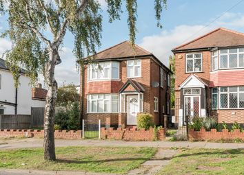 Thumbnail 3 bedroom detached house to rent in Mays Lane, Barnet