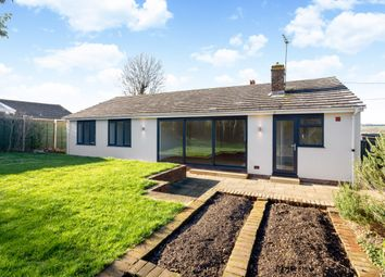 Thumbnail 4 bedroom bungalow to rent in Fairview Road, Hungerford