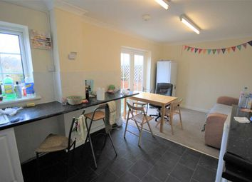 Thumbnail 4 bed property to rent in Dartmouth Crescent, Brighton