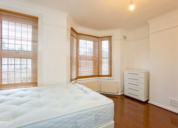 Thumbnail Room to rent in St Barlowmos Road, Newham