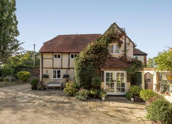 Nuptown, Warfield, Bracknell, Berkshire RG42. 3 bed detached house