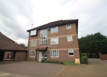 Thumbnail 2 bedroom flat to rent in Nicholsons Grove, Colchester, Essex CO1 2Xt