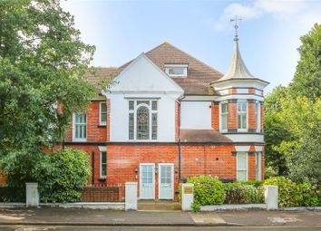 Thumbnail 4 bed flat to rent in Wilbury Villas, Hove, East Sussex