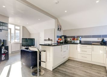 Thumbnail 3 bed flat to rent in Coombe Road, Brighton