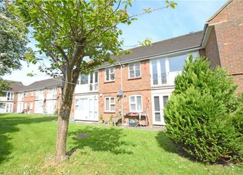 Thumbnail 1 bed flat to rent in Yew Tree Close, Beaconsfield